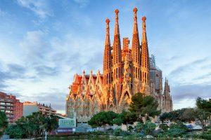 España y Francia con. Paquetes all inclusive desde Argentina. Financiaciones. Consultas a info@puravidaviajes.com.ar Tel. (11) 5235-6677.