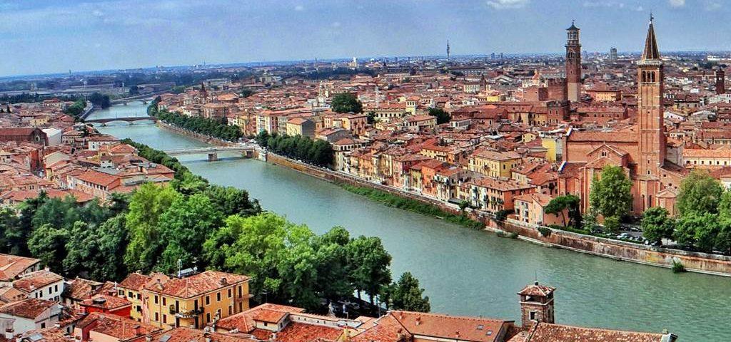 Verona. Paquetes all inclusive desde Argentina. Financiaciones. Consultas a info@puravidaviajes.com.ar Tel. (11) 5235-6677.