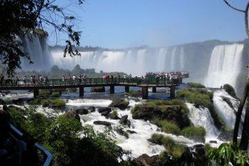 Iguazú 12 y 19 de Julio. Paquetes all inclusive desde Argentina. Financiaciones. Consultas a info@puravidaviajes.com.ar Tel. (11) 52356677