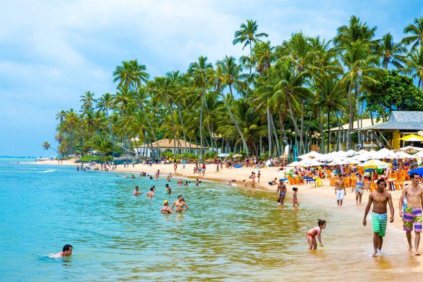Praia Do Forte Agosto. Paquetes all inclusive desde Argentina. Financiaciones. Consultas a info@puravidaviajes.com.ar Tel. (11) 5235-6677.