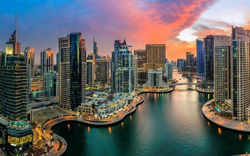 Dubai 24 de Agosto. Paquetes all inclusive desde Argentina. Financiaciones. Consultas a info@puravidaviajes.com.ar Tel. (11) 5235-6677.