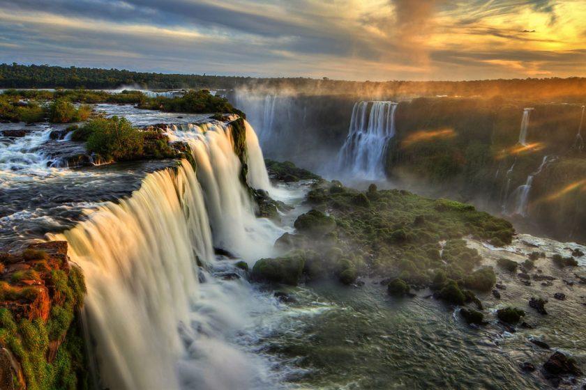 Iguazú Agosto, Septiembre. Paquetes all inclusive desde Argentina. Financiaciones. Consultas a info@puravidaviajes.com.ar Tel. (11) 5235-6677.
