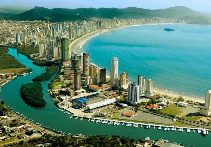 Camboriu Avance. Paquetes all inclusive desde Argentina. Financiaciones. Consultas a info@puravidaviajes.com.ar Tel. (11) 5235-6677.