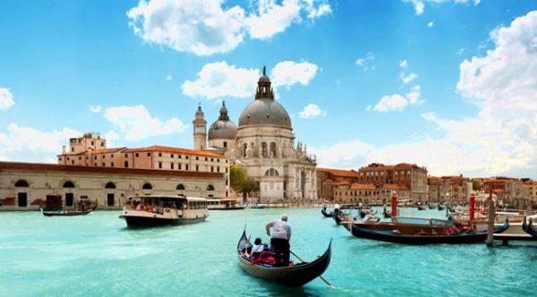 Europa Esencial 3 de. Paquetes all inclusive desde Argentina. Financiaciones. Consultas a info@puravidaviajes.com.ar Tel. (11) 5235-6677.