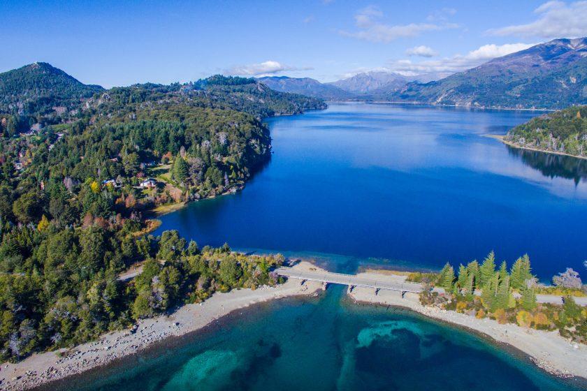 Cruce Andino Bariloche - Puerto Varas. Paquetes desde Argentina. Financiaciones. Consultas a info@puravidaviajes.com WhatsApp: 1130803344