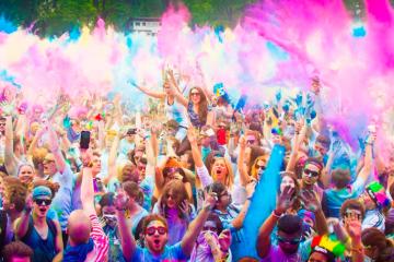 India con Festival de Colores Holi. Paquetes desde Argentina. Financiaciones. Consultas a info@puravidaviajes.com WhatsApp: 1130803344