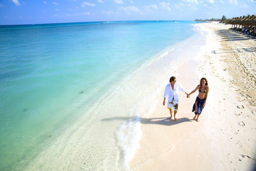Cancún 25 de Julio. Paquetes desde Argentina. Financiaciones. Consultas a info@puravidaviajes.com WhatsApp: 1130803344