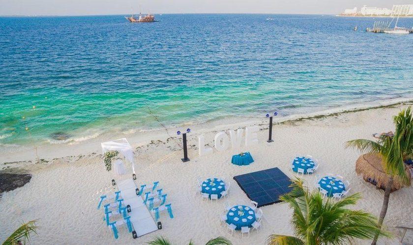 Cancún Septiembre a. Paquetes desde Argentina. Financiaciones. Consultas a info@puravidaviajes.com WhatsApp: 1130803344