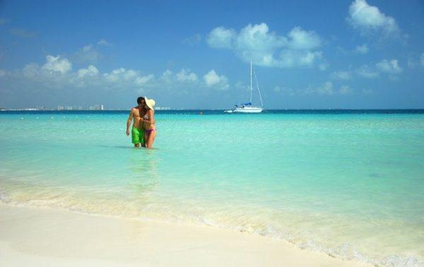 Cancún Octubre y. Paquetes desde Argentina. Financiaciones. Consultas a info@puravidaviajes.com WhatsApp: 1130803344