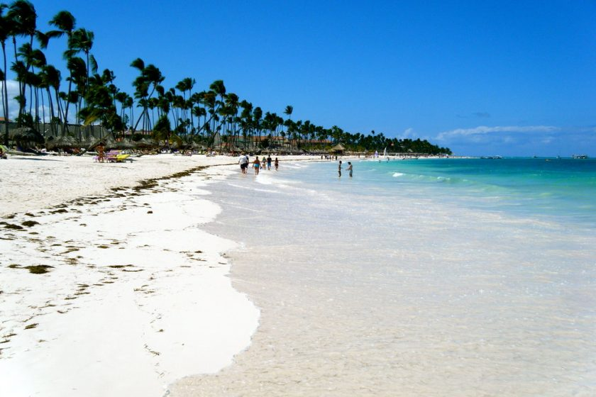 Punta Cana Enero. Paquetes All inclusive desde Argentina. Consultas a info@puravidaviajes.com.ar Tel. (11) 52356677