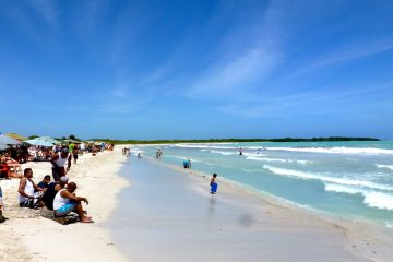 Cuba Fin de Año. Paquetes All inclusive desde Argentina. Consultas a info@puravidaviajes.com.ar Tel. (11) 52356677