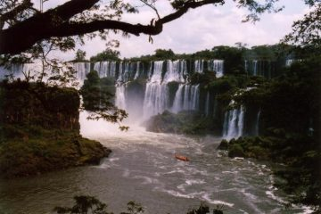 Iguazú 4, 5, 6. Paquetes desde Argentina. Financiaciones. Consultas a info@puravidaviajes.com WhatsApp: 1130803344