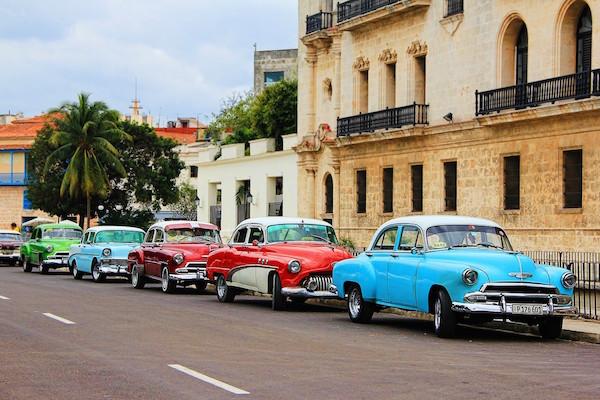 La Habana y. Paquetes desde Argentina. Financiaciones. Consultas a info@puravidaviajes.com WhatsApp: 1130803344